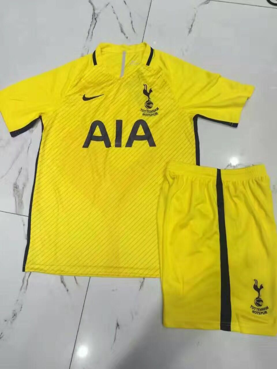brand new 0a7ff c202c Pic: Tottenham's third kit for 2017/18 could be bit of an ...