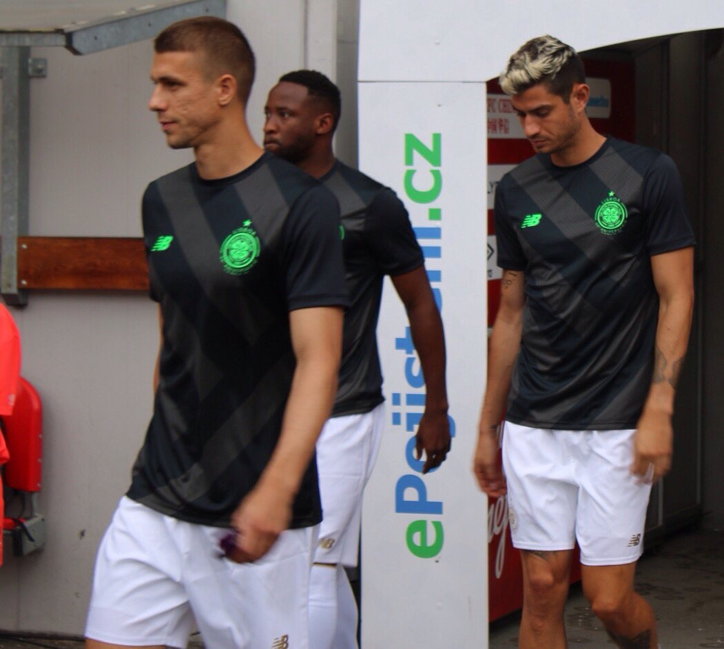 quality design 64080 ed408 Pic: New Celtic training shirt from New Balance is so good ...