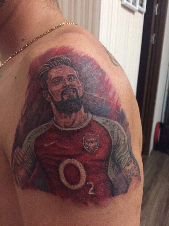 O2 Be Brilliant >> Pic: Arsenal fan gets a brilliant Olivier Giroud tattoo but there's just one problem