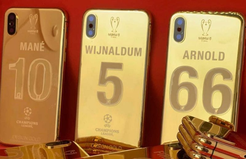 Photo - Liverpool players received a 24K gold-plated iPhone XS Max each for winning the Champions League