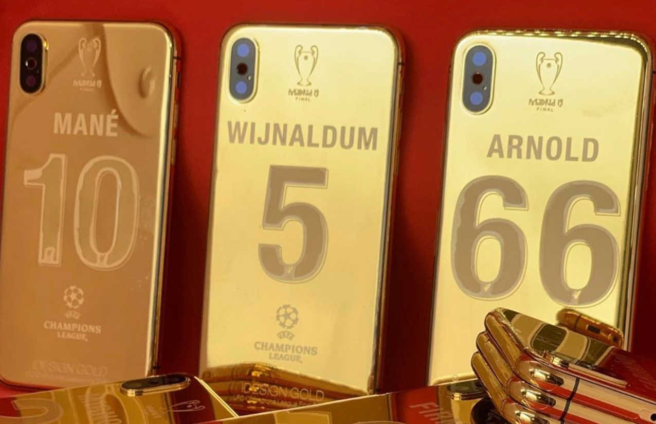 Photo: The gold-plated iPhones every Liverpool player ...