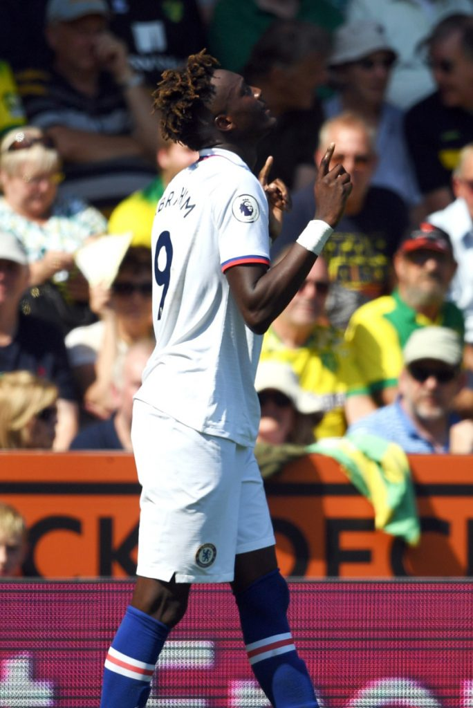 Tammy Abraham bounced back from Super Cup defeat by scoring twice as Frank Lampard's side won 3-2 at Norwich