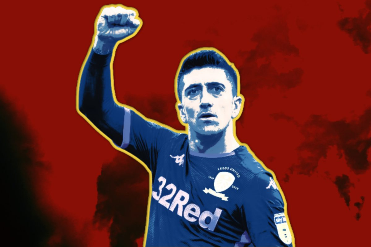 Pablo Hernandez in Leeds United kit raising his fist