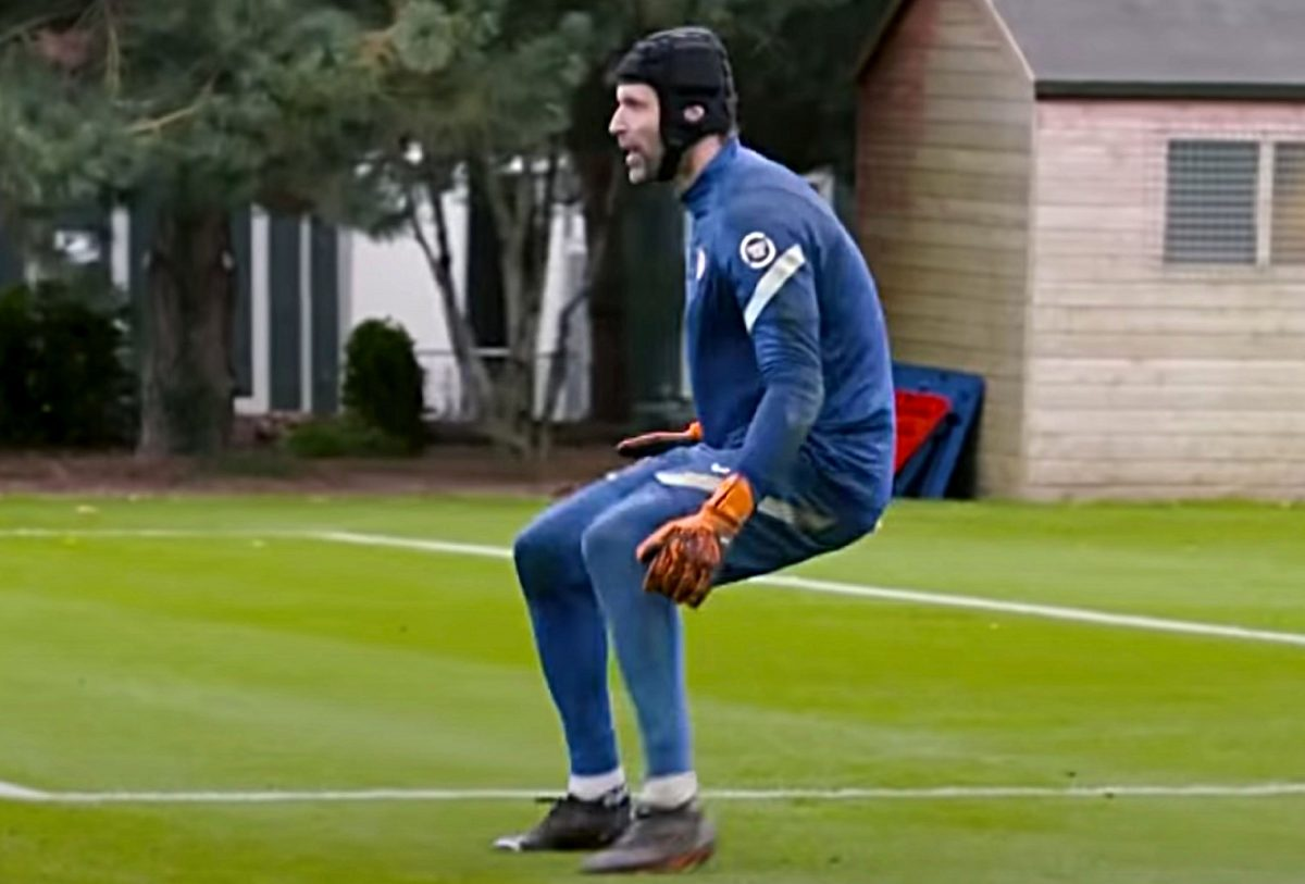 Petr Cech dons the gloves in Chelsea training