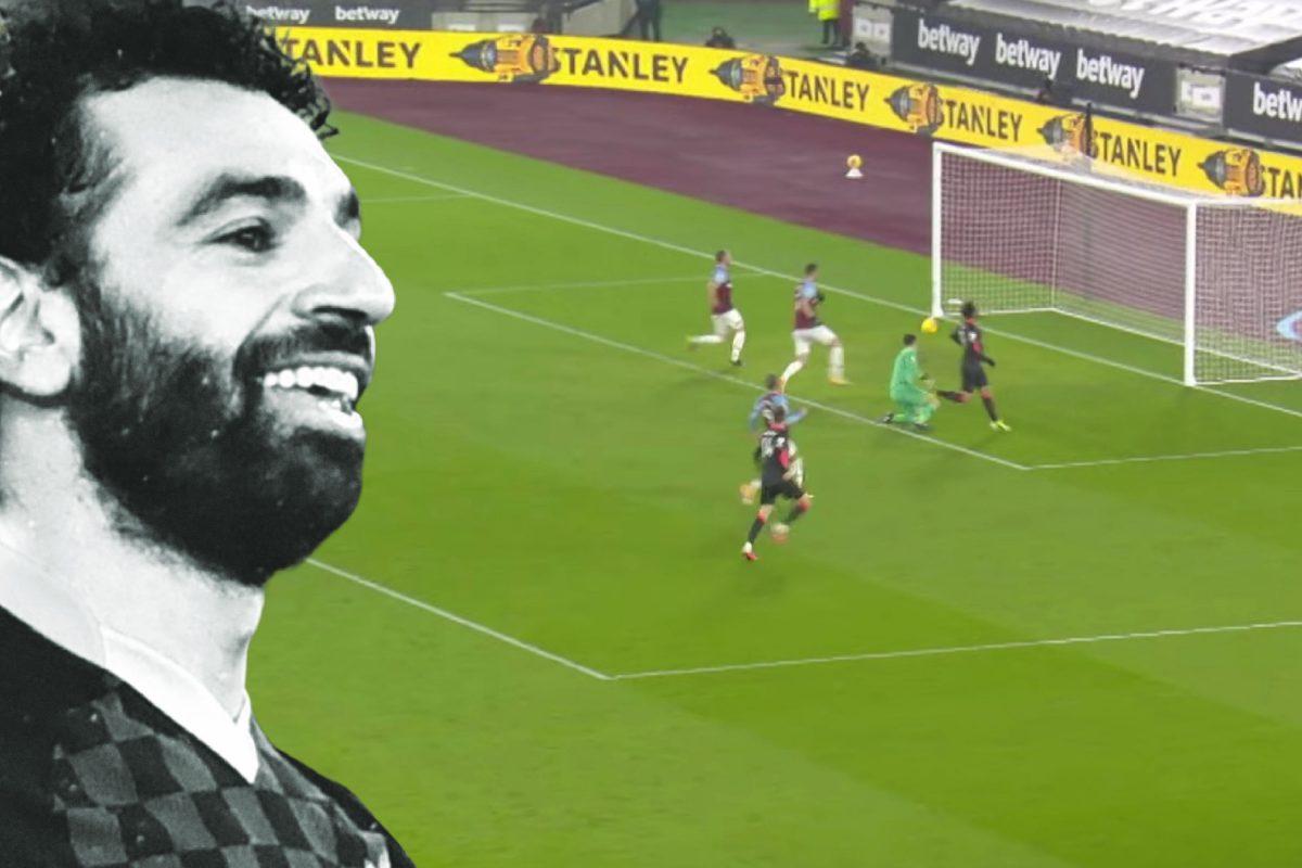 Mo Salah slots it past Fabianski to finish off an incredible counter attack goal (1)