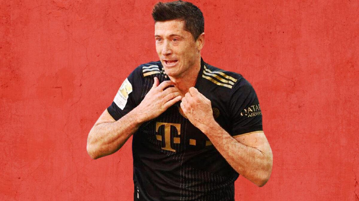 Robert Lewandowski celebrates after scoring a goal against Augsburg