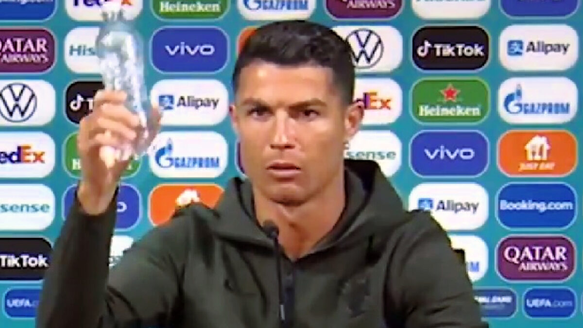 Cristiano Ronaldo promotes drinking water instead of coca-cola during press conference