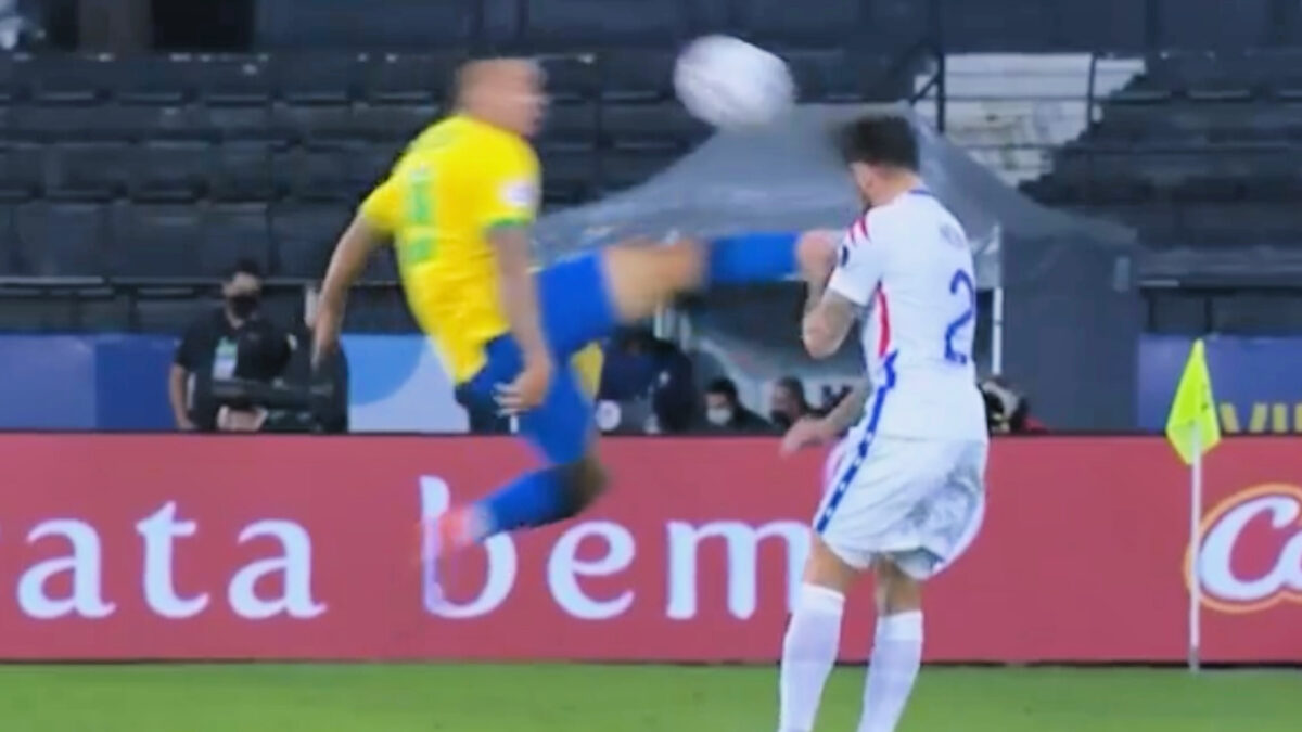 Gabriel Jesus taking out Eugenio Mena with a flying karate kick