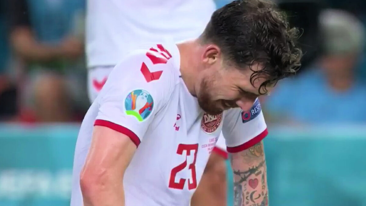 Pierre-Emile Hojbjerg overcome with emotions after Denmark win against Czech Republic