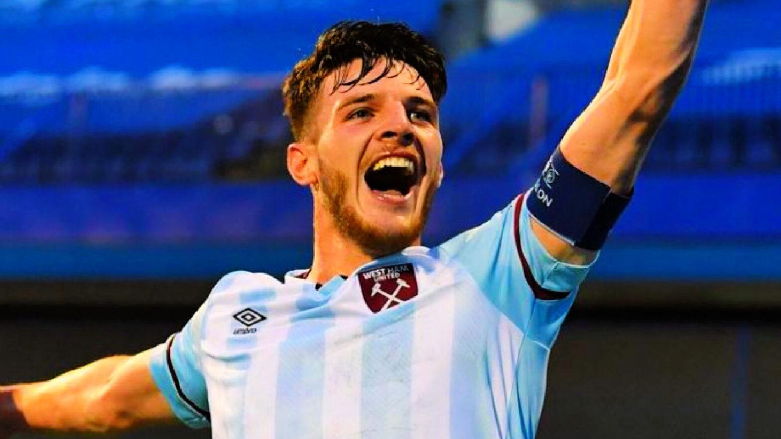 Declan Rice celebrates after scoring a goal against Dinamo Zagreb