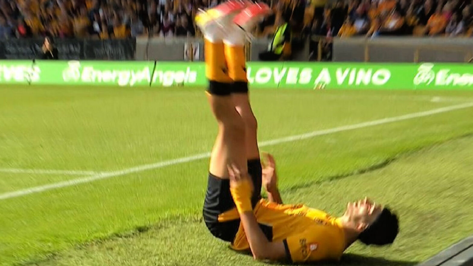 Raul Jimenez on the floor after failing to execute a rabona pass against Brentford