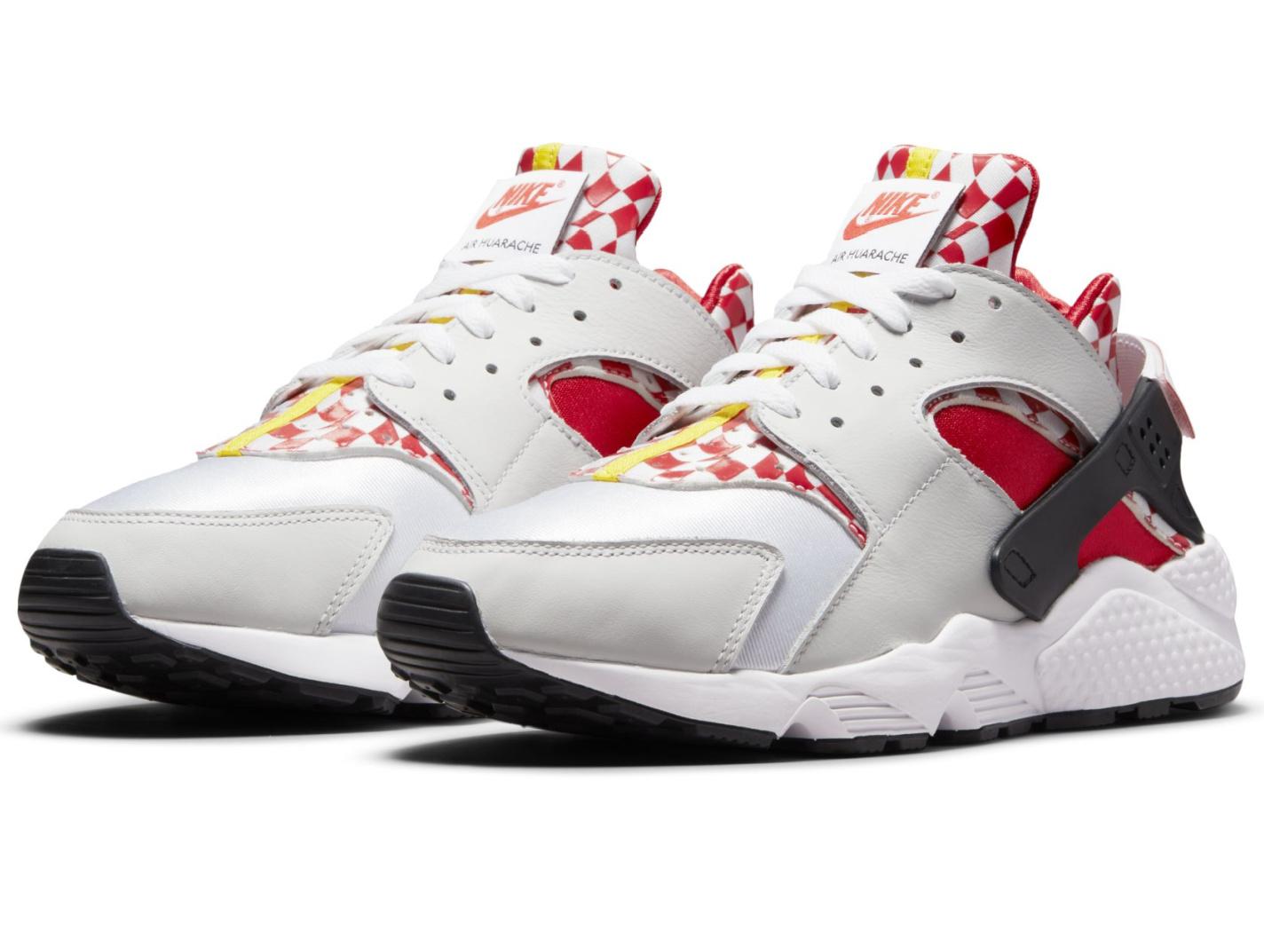 Nike X Liverpool FC Air Huarache sneakers